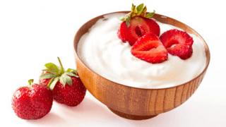 Fresas con yogur desnatado